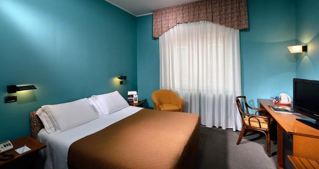 Come to the Best Western Hotel Crimea in Turin city centre. Quiet area. Free Wifi. Internal parking.