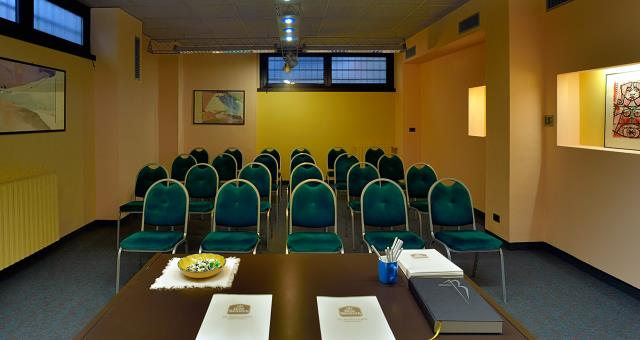 Join you at the Best Western Hotel Crimea in Turin Centre. A stone's throw from the city's main attractions. Free Wifi. Internal parking. Single, double and family. Breakfast buffet.