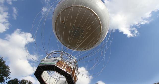 Turin Eye - the braked balloon is currently under maintenance, but will soon be back in the sky of Turin.