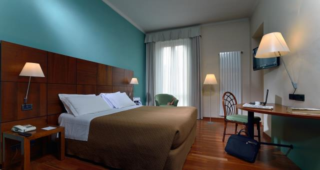 Come to the Best Western Hotel Crimea in Turin Centre. Free Wifi. Indoor Garage. Meeting room. Single and double rooms.