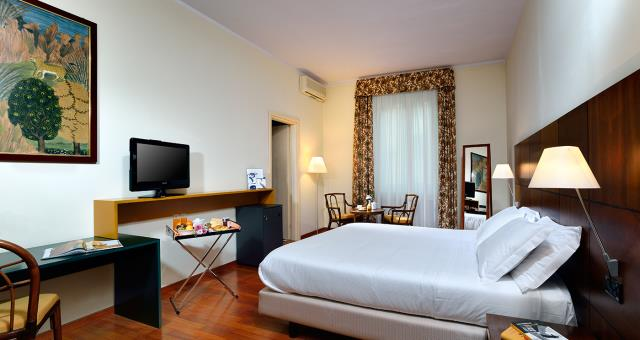 Discover Turin from BW Hotel Crimea in Turin Centre, and business woman. Free WIFI and hair dryer professional
