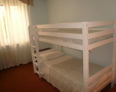 ideal for families, hotel crimea in Turin Center with garage